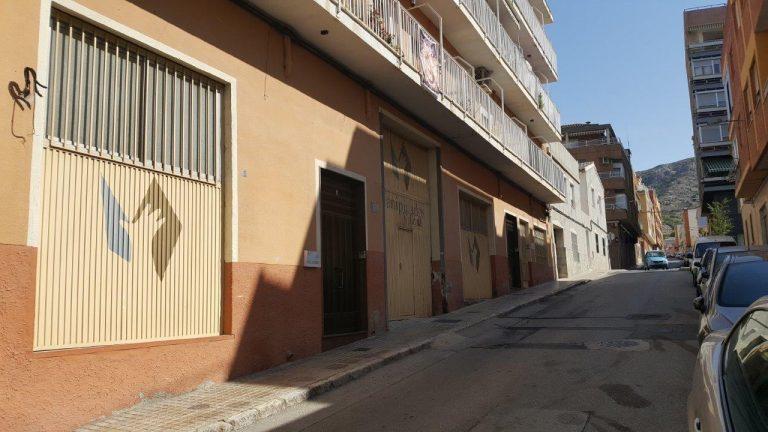 Local en Villena de 500 m2