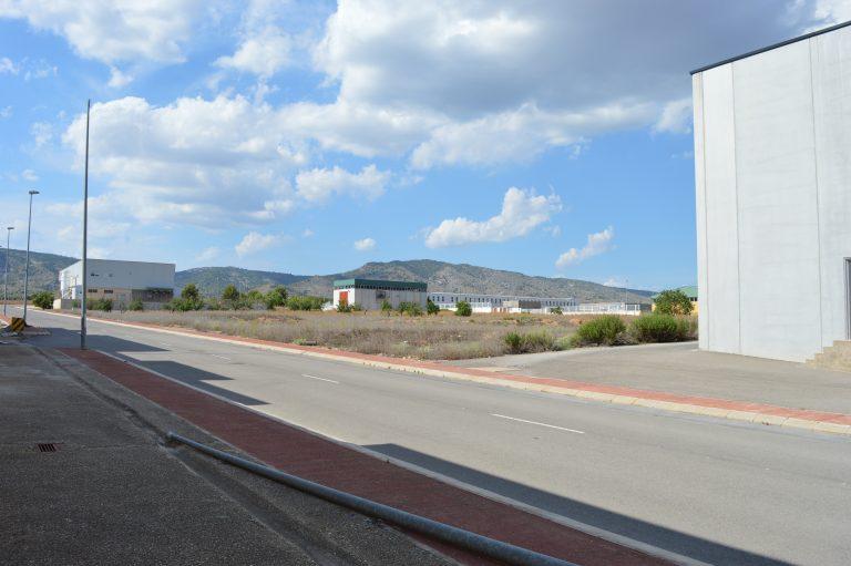 Suelo industrial 11.866 m2