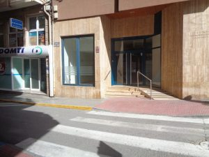 Local céntrico en Villena